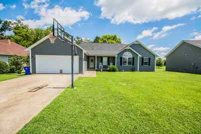 Bowling Green Single Family Home For Sale: 361 Red Elm Lane