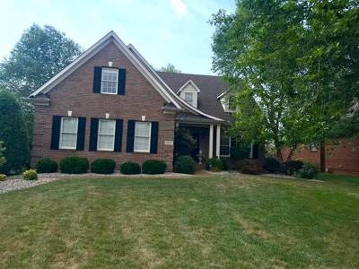 Bowling Green Single Family Home For Sale: 968 Threewood Circle