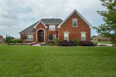 Bowling Green Single Family Home For Sale: 135 Pikes Peak Way