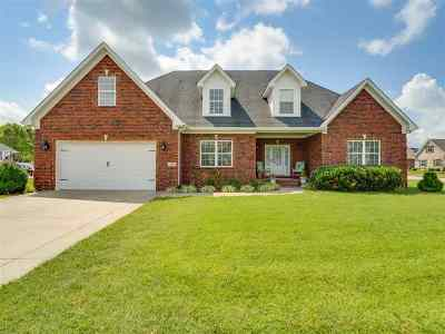 Bowling Green Single Family Home For Sale: 3640 Silver Sun Dr
