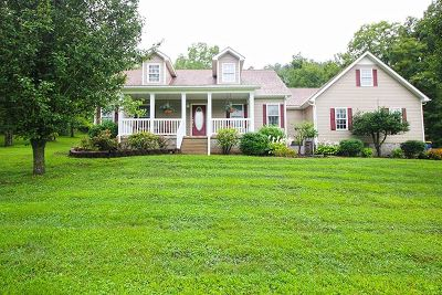 Bowling Green Single Family Home For Sale: 2531 Garrett Hollow Road