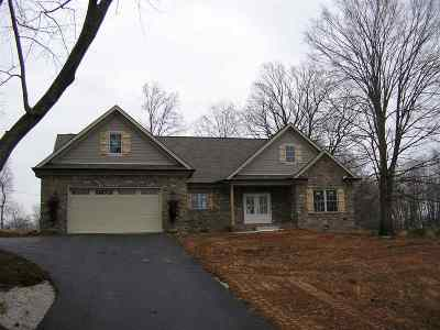 Bowling Green Single Family Home For Sale: 6424 Cemetery Road