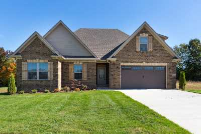 Bowling Green Single Family Home For Sale: 433 Adalynn Circle