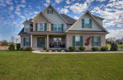 Bowling Green Single Family Home Under Contract: 4627 Blackberry Lane