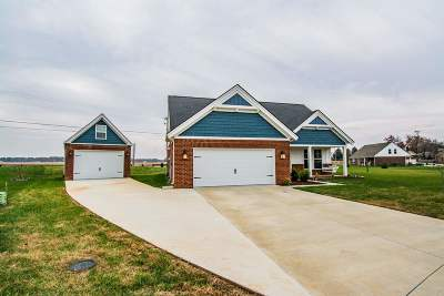 Bowling Green Single Family Home For Sale: 445 Azra Court