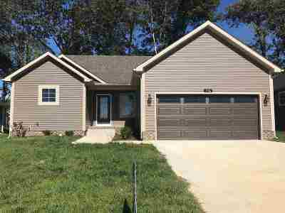 Bowling Green Single Family Home For Sale: 716 Pleasant Meadow