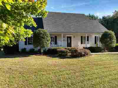 Bowling Green Single Family Home For Sale: 181 Huntsman Circle