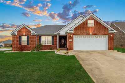 Bowling Green Single Family Home For Sale: 910 Sugarberry Ave