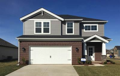 Bowling Green Single Family Home For Sale: 479 Vinings Court