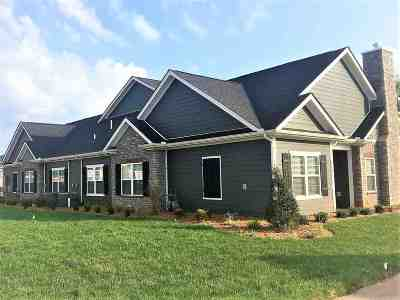 Bowling Green Single Family Home For Sale: 2500 Crossing Blvd Bldg 18 C Unit 557