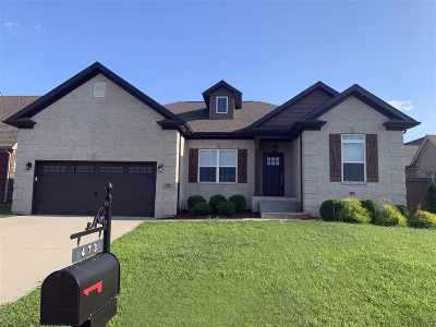 Bowling Green Single Family Home For Sale: 473 Adalynn Circle