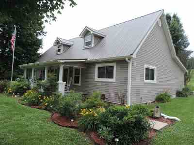 Brownsville Single Family Home For Sale: 3375 Morgantown Rd