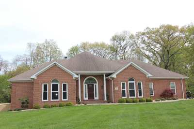 Bowling Green Single Family Home For Sale: 25 Deer Valley Court