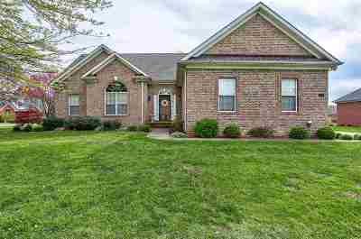 Bowling Green Single Family Home For Sale: 172 Huntsman Circle