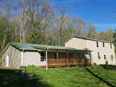 Morgantown Single Family Home For Sale: 67 Anderson Lane