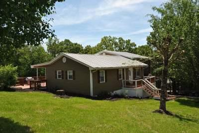 Clarkson Single Family Home For Sale: 913 Nolin Estates Rd