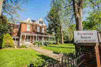 Smiths Grove Single Family Home For Sale: 110 N Main Street