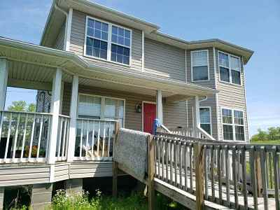 Morgantown Single Family Home For Sale: 1043 Dimple Road