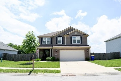 Bowling Green Single Family Home For Sale: 1043 Chicory Way
