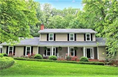 Bowling Green Single Family Home For Sale: 675 Scottsborough Circle