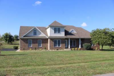 Bowling Green Single Family Home For Sale: 749 Hunters Pointe Court