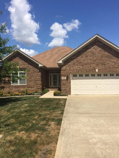 Bowling Green Single Family Home For Sale: 232 Ashton Ct