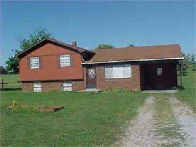 Cave City Single Family Home For Sale: 9483 Happy Valley Road