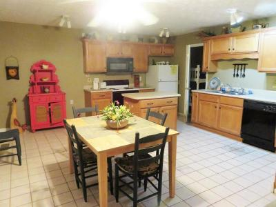 Bronston Single Family Home For Sale: 67 Woodson Bend Resort