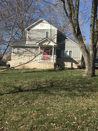 Burnside Single Family Home For Sale: 235 Beauchamp