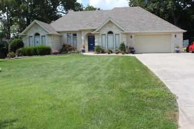 Somerset Single Family Home For Sale: 190 Enchanted Drive