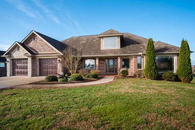 Somerset Single Family Home For Sale: 85 Tuscany Drive