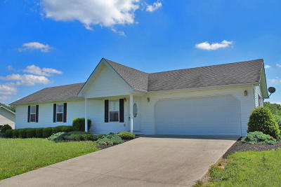 Somerset Single Family Home Active Under Contract: 3175 Pine Hill Road