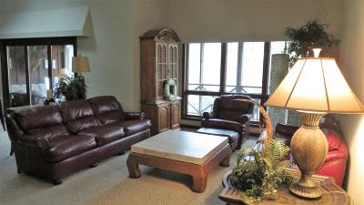 Bronston Condo/Townhouse For Sale: 122-3 Woodson Bend Resort