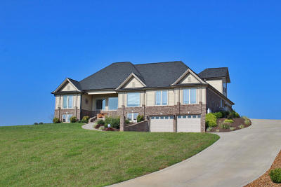 Somerset Single Family Home Active Under Contract: 385 Shimmering Moon Drive