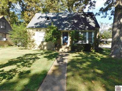 McCracken County Single Family Home For Sale: 2701 Clay
