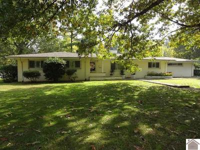 Paducah Single Family Home Contract Recd - See Rmrks: 1450 Hc Mathis Drive