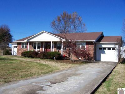 Mayfield Single Family Home Contract Recd - See Rmrks: 18 Southern Heights