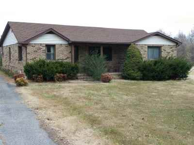 Marshall County Single Family Home For Sale: 221 Aurora Hwy