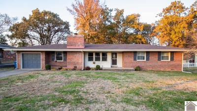 Benton Single Family Home Contract Recd - See Rmrks: 213 E 18th