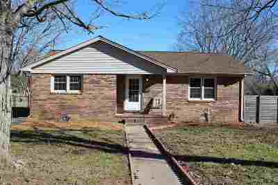 Calloway County Single Family Home For Sale: 321 Irvan Street