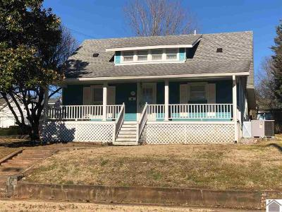 Princeton Single Family Home For Sale: 701 Hopkinsville Street