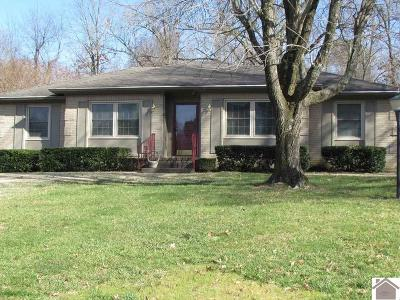 Paducah Single Family Home Contract Recd - See Rmrks: 370 Oakcrest Drive
