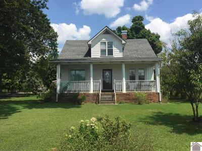 Caldwell County Single Family Home For Sale: 594 Marion