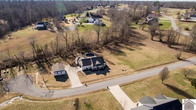 Calvert City Single Family Home Contract Recd - See Rmrks: 134 Woodfield Lane
