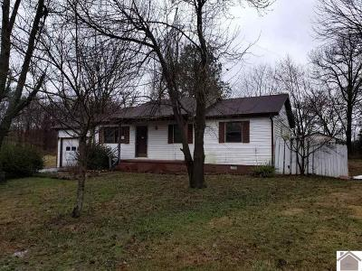 McCracken County Single Family Home Contract Recd - See Rmrks: 4735 Craven Drive