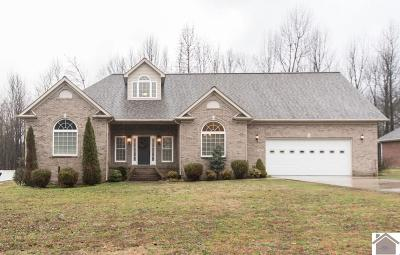Paducah Single Family Home Contract Recd - See Rmrks: 130 Dove Lane
