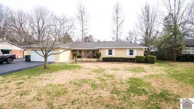 Paducah Single Family Home Contract Recd - See Rmrks: 3940 Phillips Ave