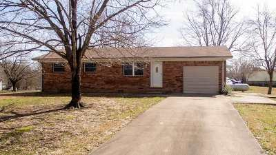 Marshall County Single Family Home Contract Recd - See Rmrks: 327 Windsor Drive