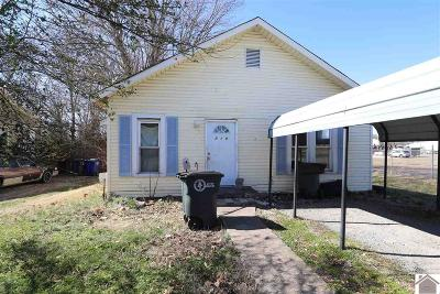 McCracken County Single Family Home Contract Recd - See Rmrks: 719 Joe Bryan Drive