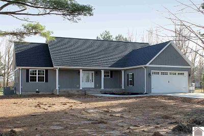 Calloway County Single Family Home Contract Recd - See Rmrks: 269 Tom Taylor Trail